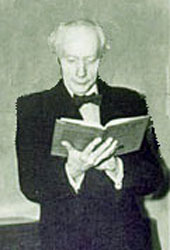 Picture of F. M. Alexander reading